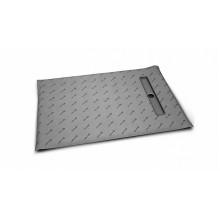 Прямоугольная душевая плита с линейным трапом с короткой стороны